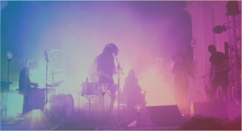 La musica ha ancora un ruolo sociale? il concerto di Motta con le Les Filles de Illighadad è un esercizio di curiosità