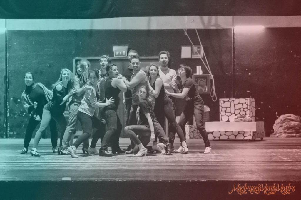 MostruosaMenteMostro è il musical in sena a varese vnerdì 9 febbraio al teatro apollonio, il cui ricavato andrà in beneficienza a favore dell'associazione kwanis.