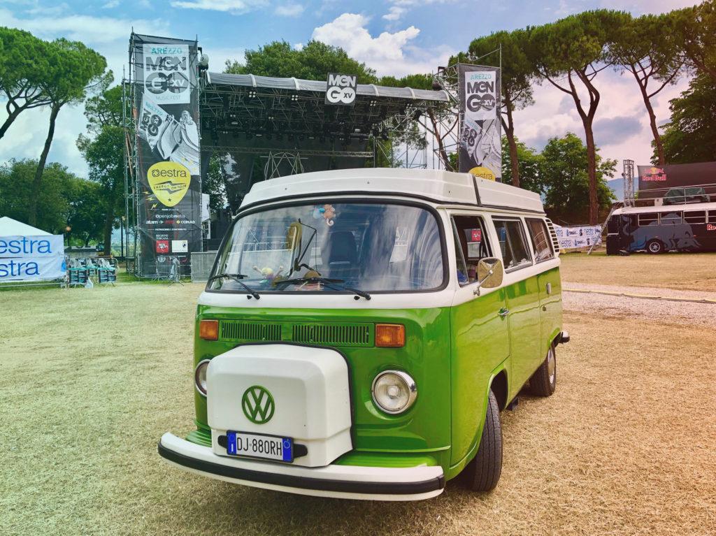 in viaggio con harry per i festival d'Italia insieme a KeepOn Live