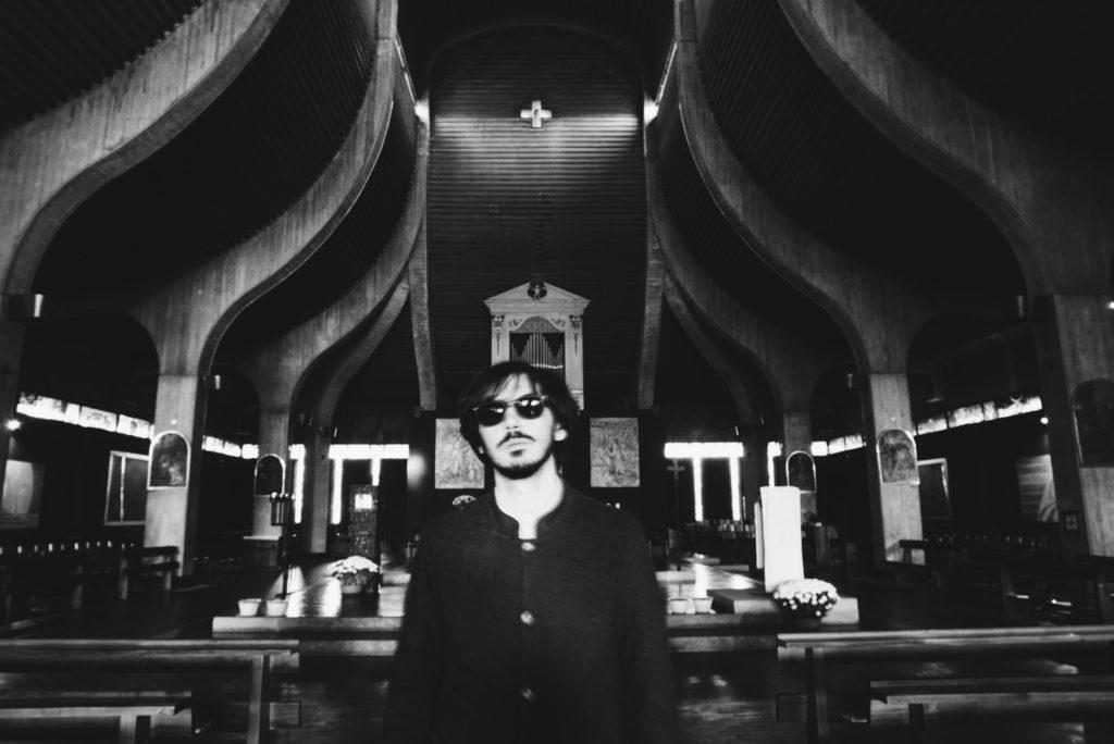 NeverWas Radio la web radio dell'innovazione di Varese intervista Garry pitcairn musicista milanese per l'uscita del suo disco The Gospel mixato da Alain Johannes in vista del suo concerto al circolo gagarin di busto arsizio il 30 novembre 2019